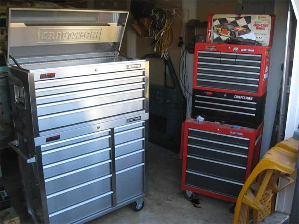 car blog craftsman stainless steel tool chest car blog. Black Bedroom Furniture Sets. Home Design Ideas
