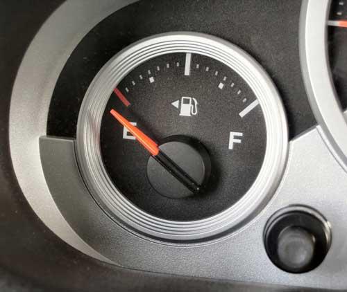 the fuel system  fuel pump  fuel filter  gas tank  fuel